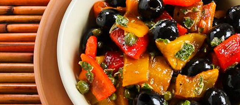 Grilled Sweet Pepper Salad with Olives