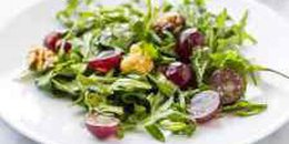 Low Fodmap Arugula Salad with Grapes