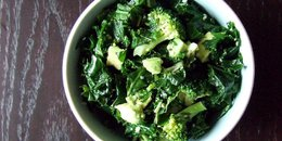 Quick Kale & Broccoli Bowl