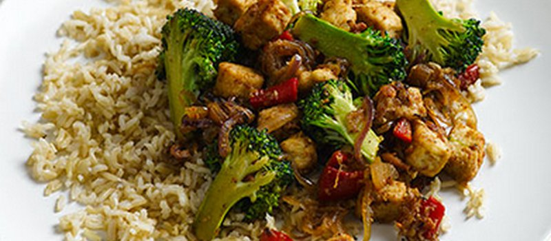 Stir-Fried Tofu and Broccoli with Brown Rice