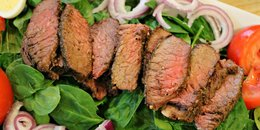 Garlic Herb Steak Salad