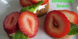 "Strawberry cream cheese ""sandwiches"""