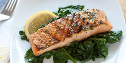Foil Wrapped Salmon with Spinach