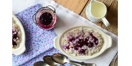 Wheat Berry Porridge with Blueberry Topping