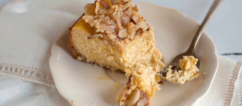 Almond Pumpkin Cheesecake