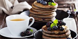 EASY Oatmeal Blueberry Yogurt Pancakes