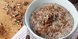 Oatmeal Chia Breakfast Protein Pudding & Cinnamon