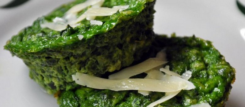 Parmesan Spinach Cakes with Cottage Cheese