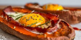 Bacon & Egg Stuffed Sweet Potato