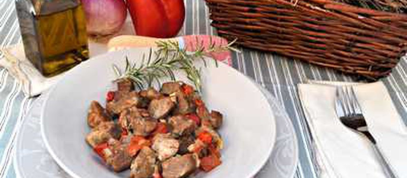 Lamb Stew with Red Wine and Tomatoes