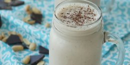 Peanut Butter Chocolate Smoothie with Banana Flax