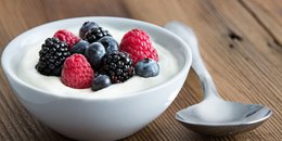 Yogurt & Berries