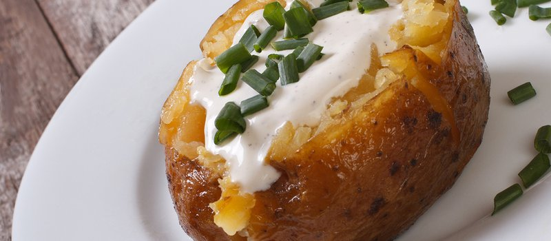 Boiled Potatoes with Yogurt and Sour Cream Sauce