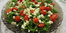 Arugula Salad with Tomatoes and Feta