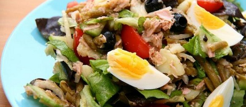 Nicoise Salad with Tuna and Beans