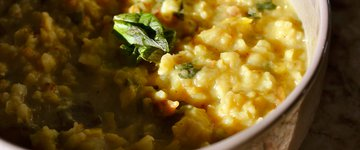 Kitchari with Cauliflower, Lentils and Peas