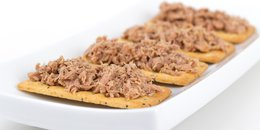 Tuna and Crackers