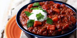 Slow Cooker Quinoa, Sweet Potato, Black Bean Chili