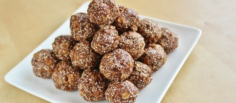 Chocolate Nut Butter Chia Balls