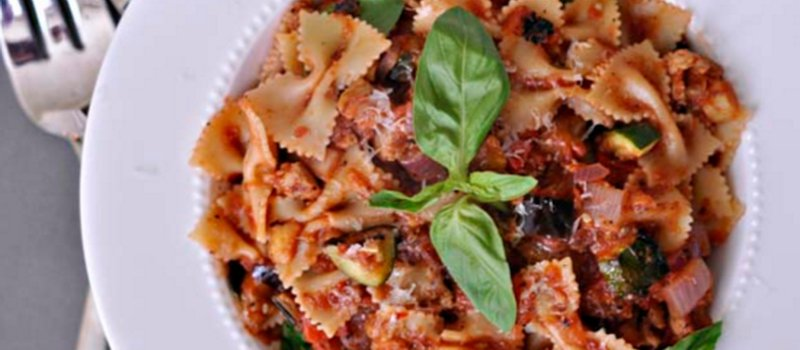 Pasta with Mint Flavored Tomatoes