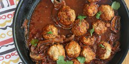 Extra tender 2 ingredient meatballs