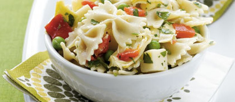 Farfalle with Prosciutto and Mushrooms