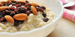 Oatmeal with Dried Fruits and Nuts
