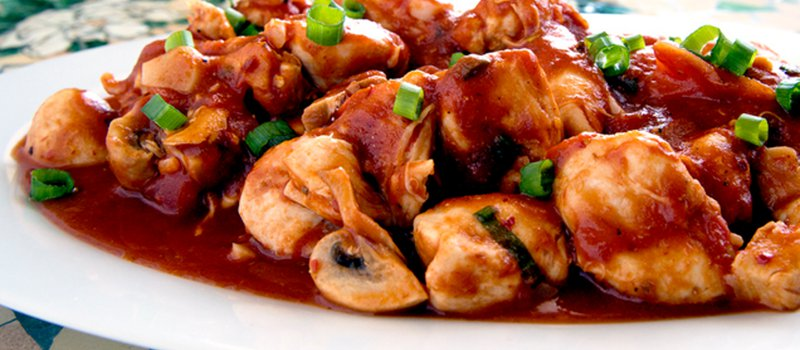 Chicken and Mushroom in Spicy Tomato Sauce