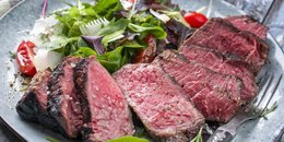 Herb-a-licious Salad with Steak