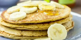 Cottage Cheese Oatmeal Pancakes
