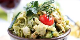 Spinach Pesto Pasta with Chicken