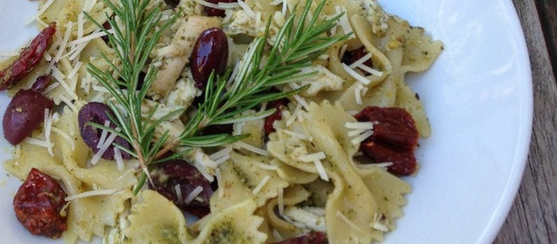 Cold Pesto Pasta with Chicken and Sun-dried Tomato