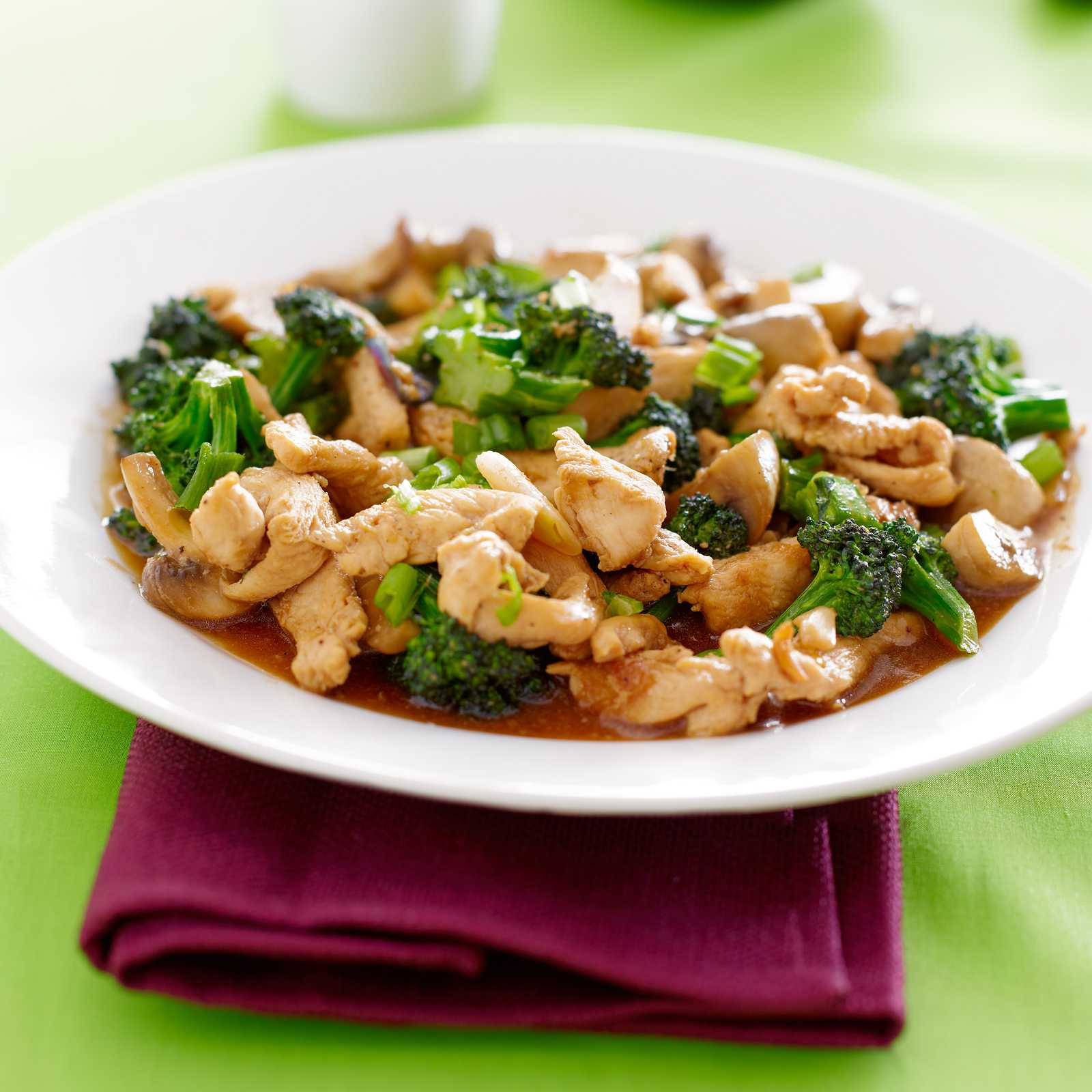 Sweet Slow Cooker Sesame Chicken with Broccoli