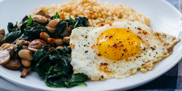 Fried Eggs with Bulgur and Spinach