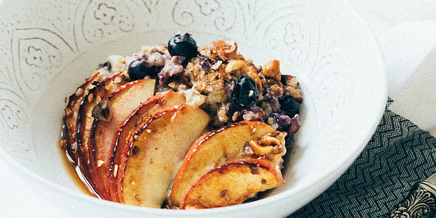 Oven Oats, Apples & Blueberries