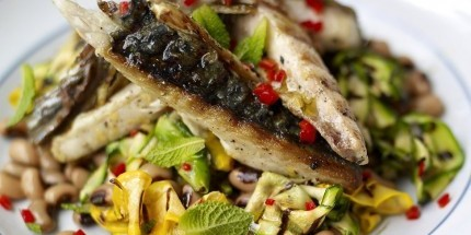 Griddled Mackerel with Zucchini and Bea.. ( DM)