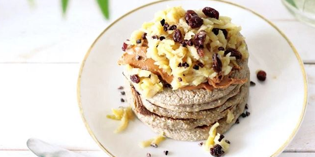 3-Ingredient Vegan Pancakes