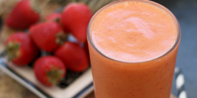 Strawberry Carrot Smoothie
