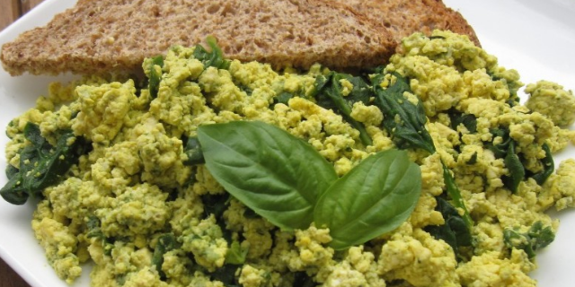 Veggie Pesto Scramble