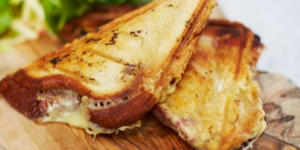 Anglo-French Toastie with Cheese & Ham