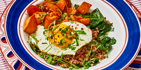 Quinoa Tabbouleh with Vegetables & Fried Egg