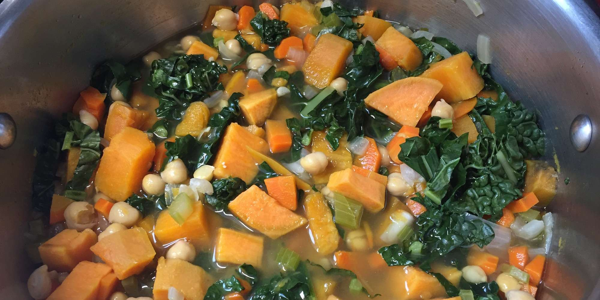 Kale Chickpea & Sweet Potato Soup