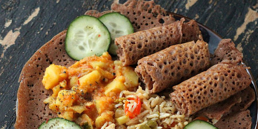 Injera (Ethopian flatbread - quick version)