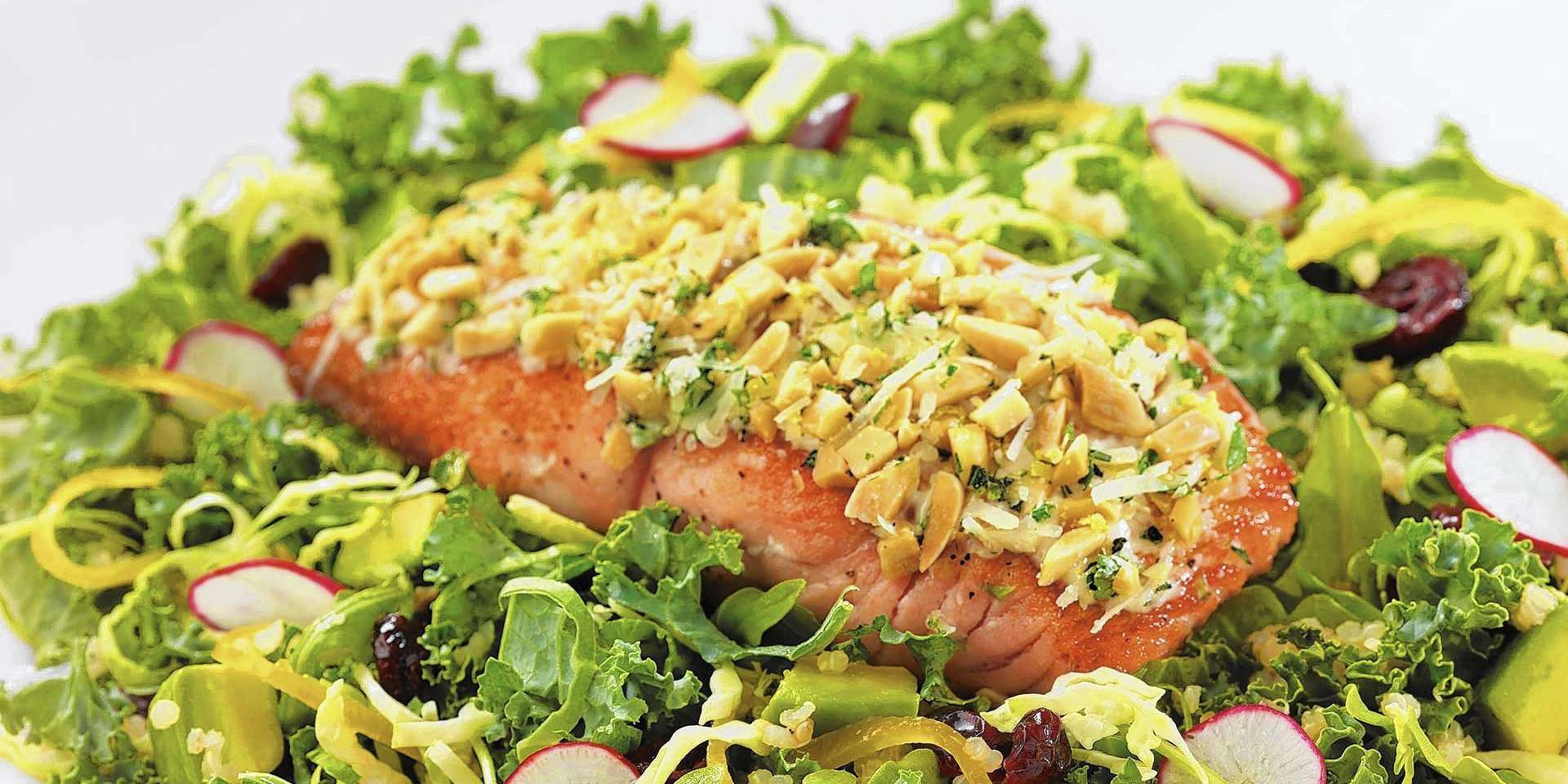 Almond Crusted Salmon Salad (HFLC)
