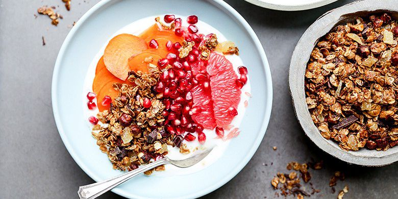 Winter Fruit Yogurt Bowls with Gingerbread Granola